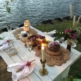 River Picnic Brisbane Romance