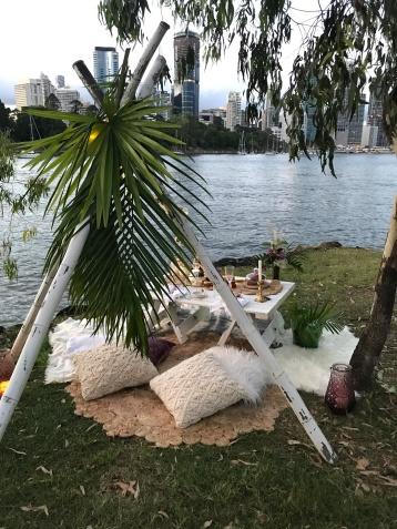 brisbane river luxury picnic