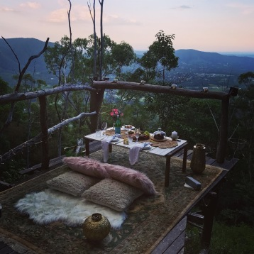 luxury picnic brisbane samford